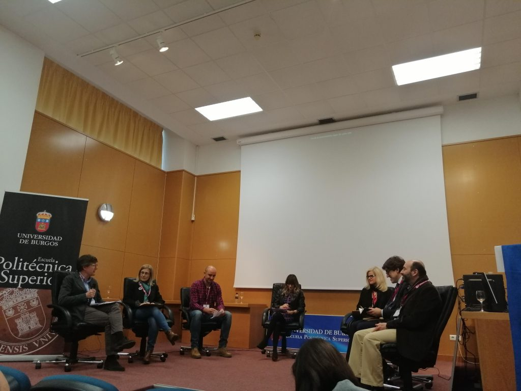 Mesa redonda en el primer evento de SUSKIDS